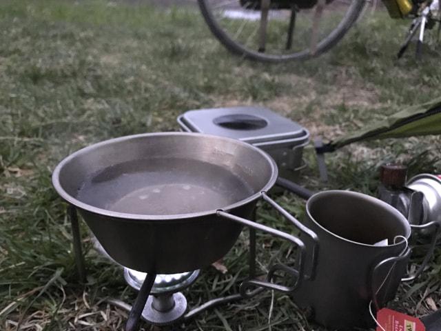紅茶を沸かす