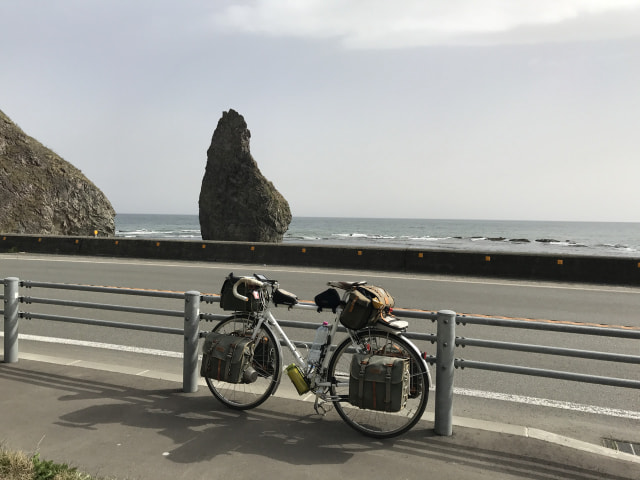塩釜ローソク岩